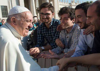 Su Santidad el Papa Francisco saluda a los seminaristas de Jaén